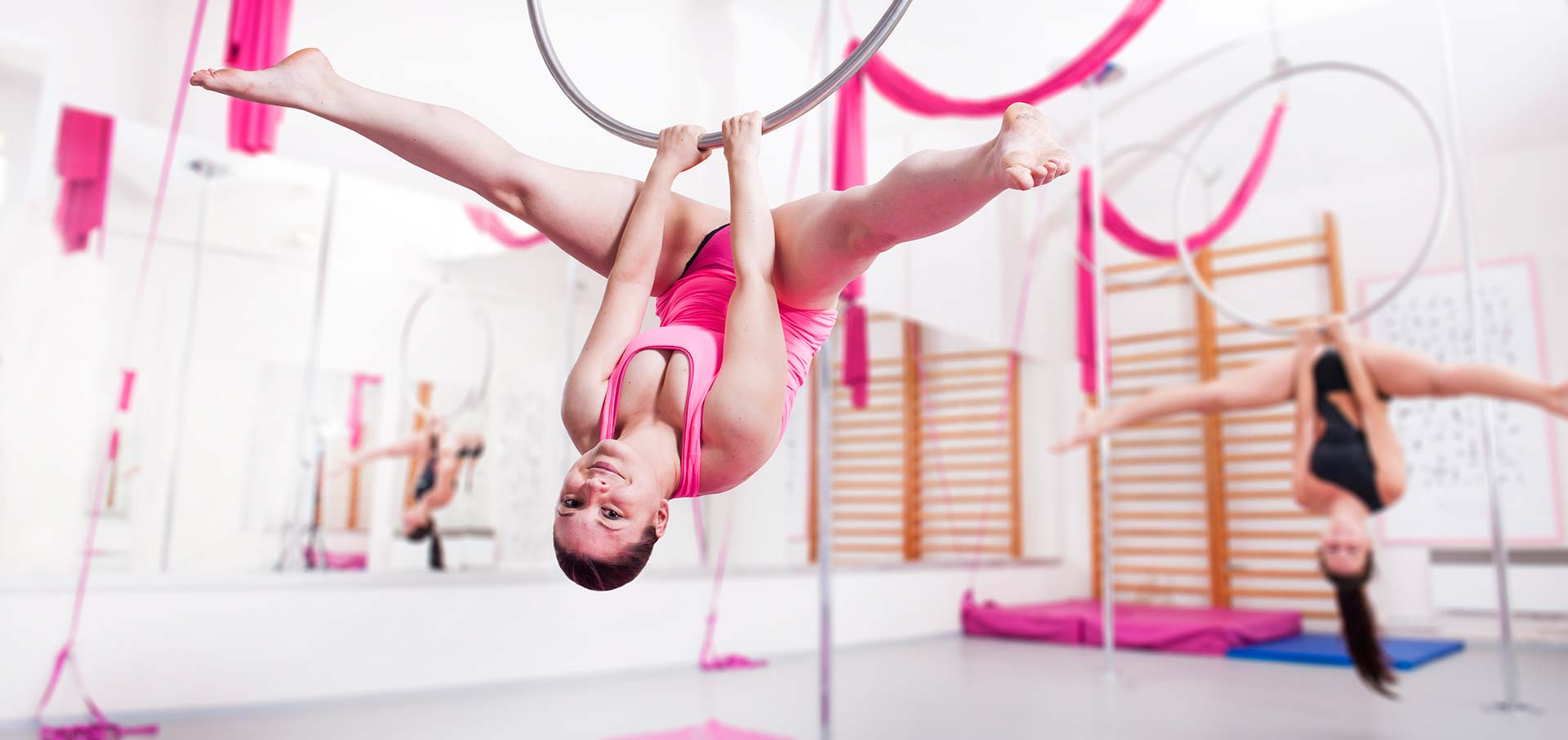 introduction image of Moschna pole-dance center